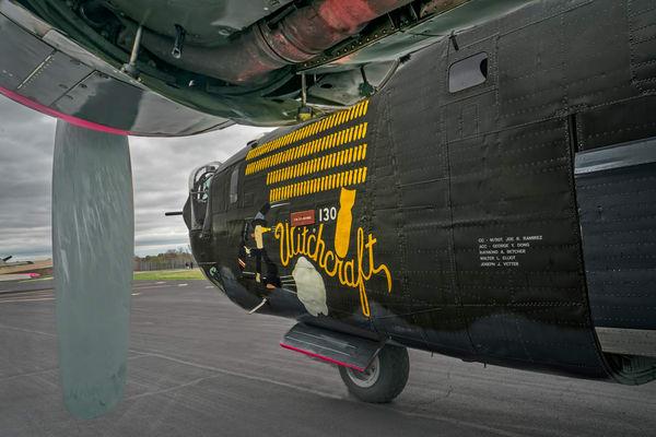 B-24 WW2 War Bomber Witchcraft combat classic fleblanc