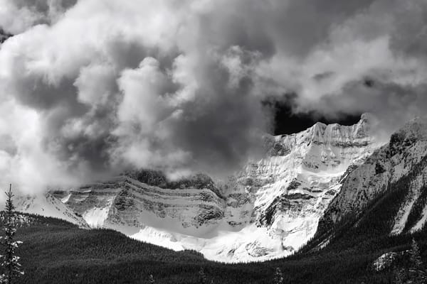 The Canadian Rockies - Wall to the Sky. Banff National park|Rocky Mountains|