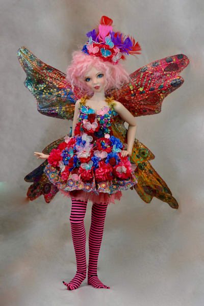 Bubblegum Butterfly Fairy by Bo Bergemann