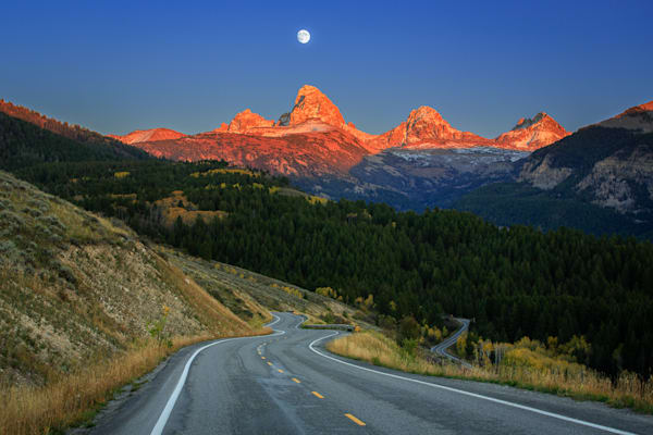 Road to Grand Targhee