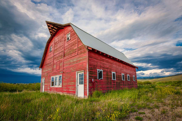 Photo of Rustic Weathered Red Colorado Barn in Granby CO