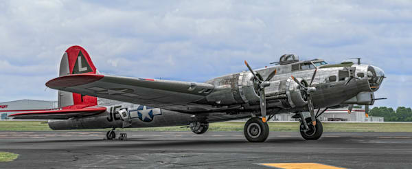 B-17 Flying Fortress Madras Maiden High Res Front Side View fleblanc
