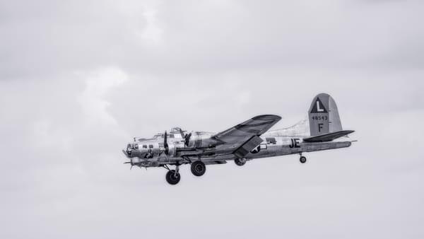 B-17 Flying Fortress Madras Maiden Restored Antique fleblanc