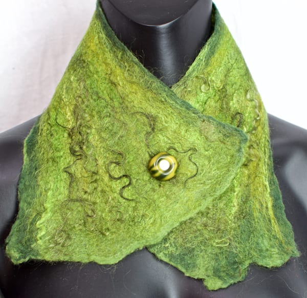 Hand Felted Women's Button Collar