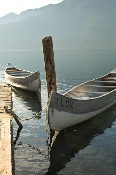 00413 IMG 6918_Canoes