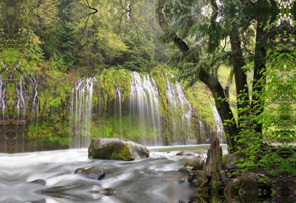 Waterfall 00748