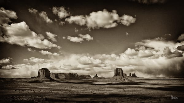 Artists Point – Monument Valley photograph by Christina Stefani