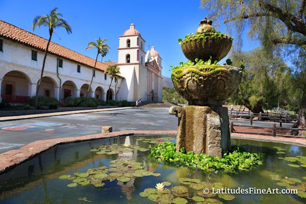 """Santa Barbara Mission, Fountain View"""