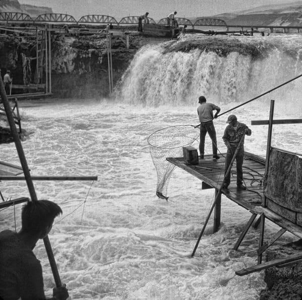 Celilo Falls 44 photograph by Richard Stefani – Stefani Fine Art