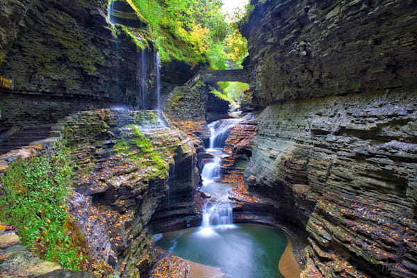 Fine art landscape photographs and prints of beautiful Upstate New York from Nunweiler Photography.  Get 20% off your first order.
