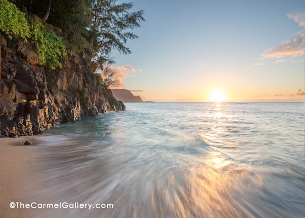 Pastel colors at sunset on Hideaway Beach in Kauai