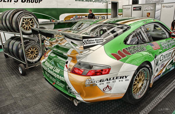 Porsche Pits