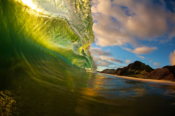 Green wave hawaii