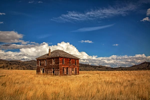 Old Home on the Prairie