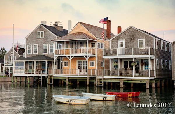 """""""Cape Cod Homes on the Water"""""""