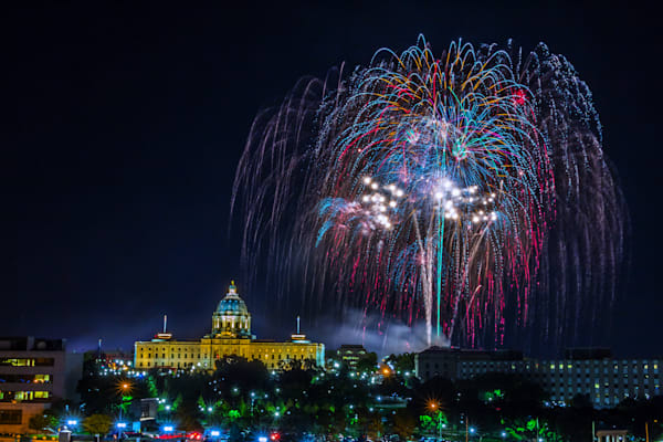 Minnesota Capitol Fireworks 8 | William Drew Photography