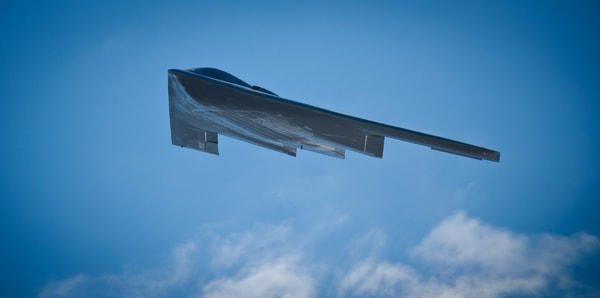Photo Northrop B-2 Stealth Bomber flying over Colorado Airshow