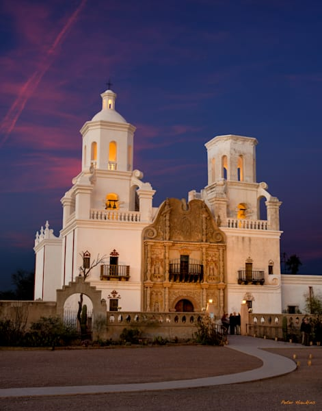 mission san xavier del bac lighted