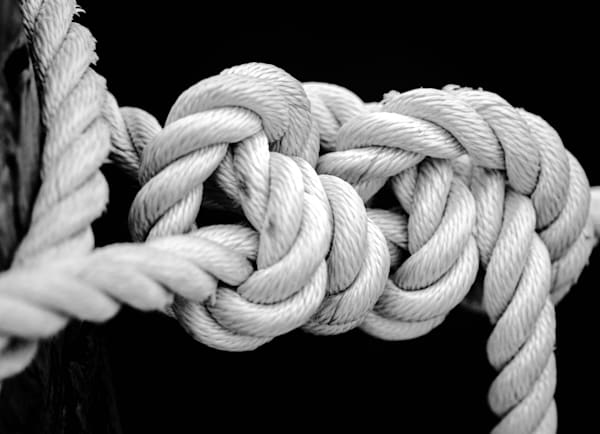 Nautical sailor's knot in black & white photography.