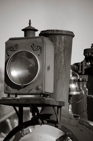 Black & White Photograph Front Light Cripple Creek & Victor Narrow Gauge Steam Locomotive