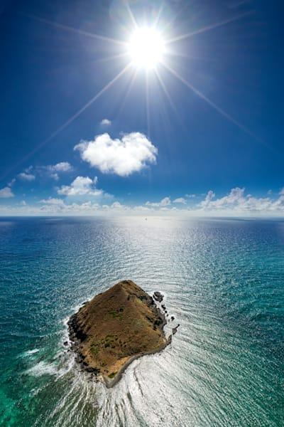Hawaii Photography | The Sun and Moku by Peter Tang
