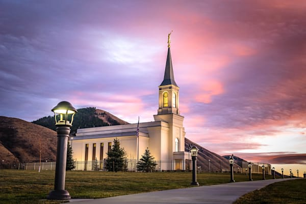Star Valley Temple - Path to Peace