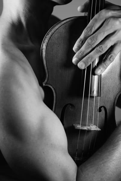 Naked Viola