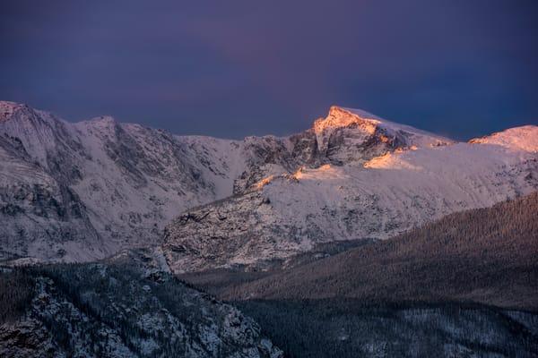 Photo of First Light Illuminating Chiefs Head Peak & Thatchtop Mountain - RMNP