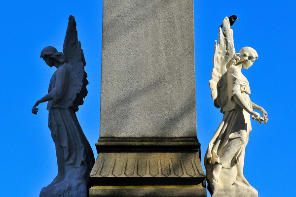 stone carving of angels, photography of angels in New York,  arch angels, images of spiritual angels,