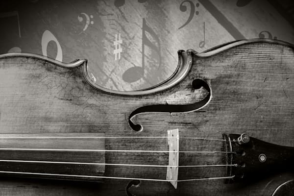 Antique Violin Image with Notes 1732.35