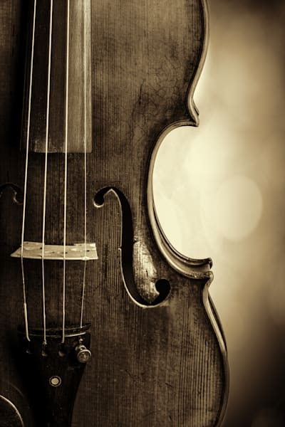 Side Light Antique Violin Image 1732.34