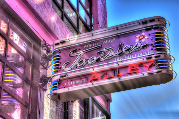 Nashville Iconic brands and  Signs Photographs - Art Prints on Canvas, Matted Photo Prints and Acrylic Prints