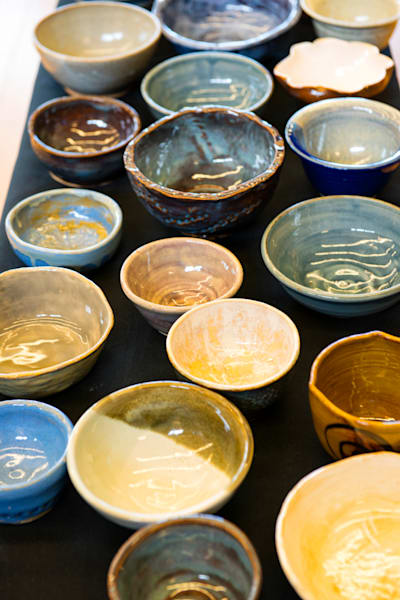 Empty_bowls_1810014lsnd8rf_eny31p