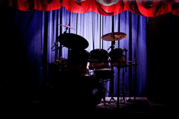 Drum Set On Stage Metal Wall Art 3234.02