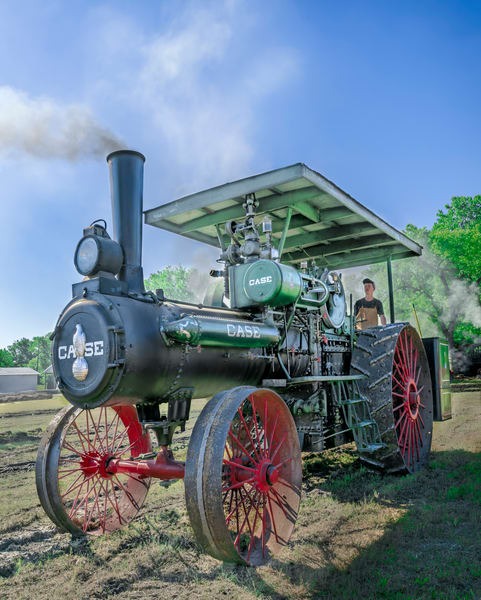 JL Case Steam Tractor Smoke Side View Restored fleblanc