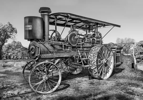 Nichols & Shepard Restored Farm Tractor Black & White fleblanc