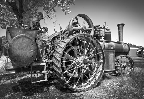 Reeves Steam Tractor Farm Tractor Black & White fleblanc
