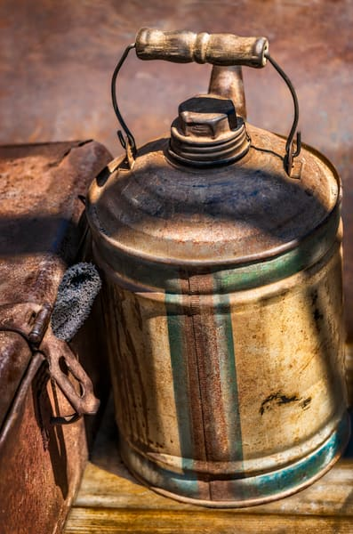 Antique Farm Ranch Tractor Oil  Gasoline Can Toolbox fleblanc