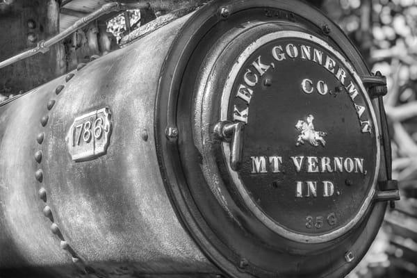 Keck Gonnerman Steam Tractor Emblem Black & White fleblanc