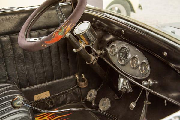 Inside 1927 Ford Coupe Vintage Car 4048.02
