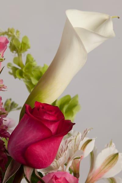 Red Rose Easter Lilly Flower Arrangement 8026.02