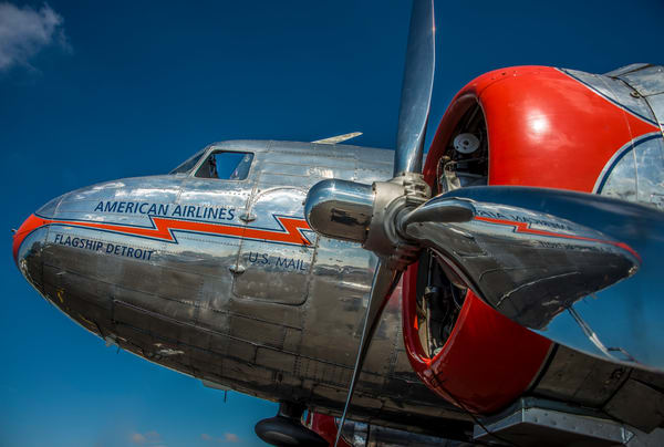 Photo of Restored Vintage American Airlines Flagship Detroit DC-3