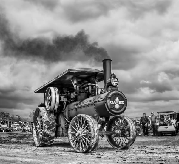 JL Case 110 HP Steam Powered Traction Engine Steamed Up Black and White fleblanc
