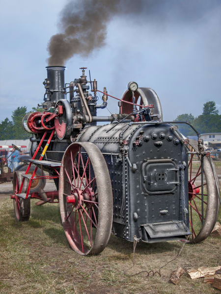Antique Restored Portable Steam Powered Traction Engine fleblanc