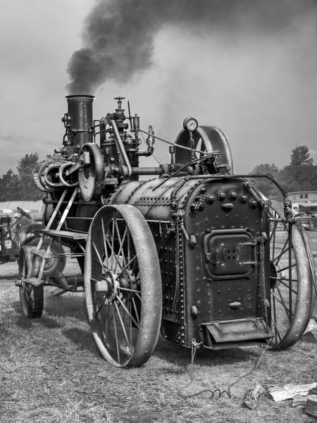 Antique Restored Portable Steam Powered Traction Engine Black and White fleblanc