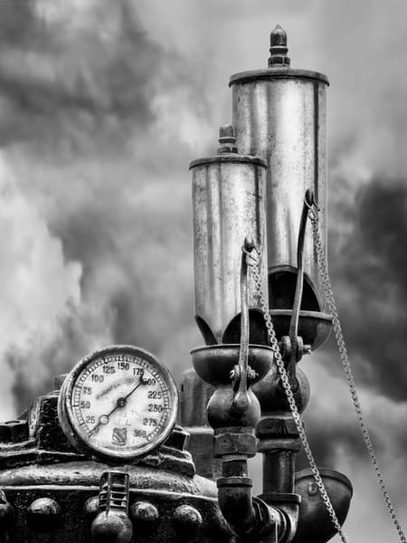 Double Whistle Pressure Gauge Steam Powered Traction Engine Black and White fleblanc