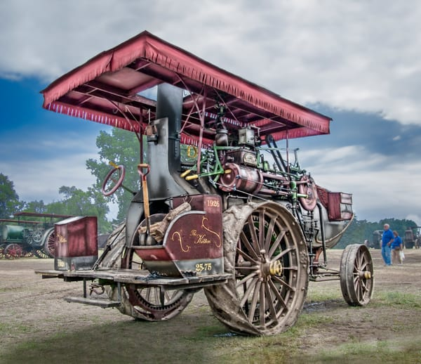 Kitten Steam Powered Traction Engine Smoke Stack At The Back fleblanc