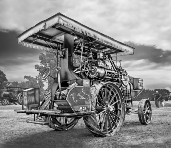 Kitten Steam Powered Traction Engine Smoke Stack At The Back Black and White fleblanc
