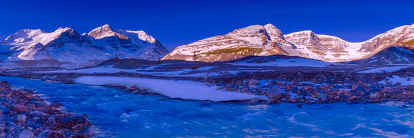 The Columbia Ice Fields. Banff National Park|Rocky Mountains|Canadian Rockies|