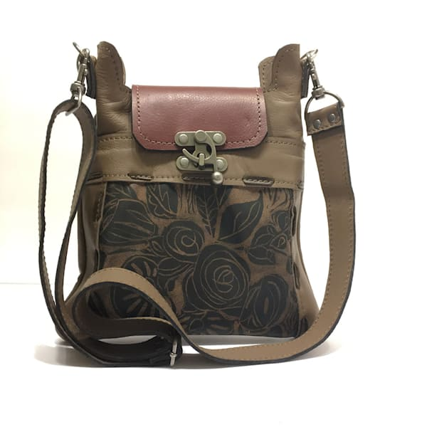small leather cross body bag in beige with rose print